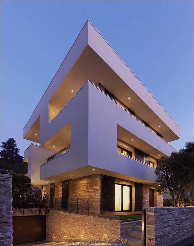 italienisches Labyrinthhaus mit geometrischen Schiebe-Innenwänden 1 thumb 630x797 11277 Italienisches Labyrinthhaus mit geometrischem Äußeren, verschiebbare Innenwände