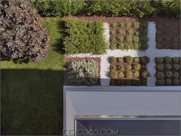 italienisches-labyrinth-haus-mit-geometrische-außen-gleitende-innen-wände-14.jpg