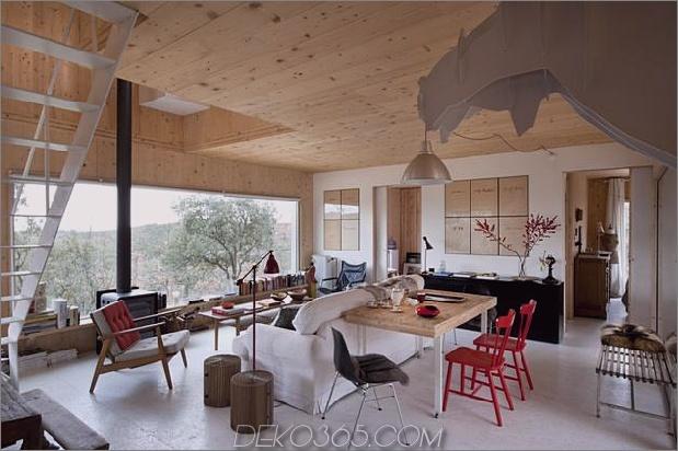kleine Waldhütte-entworfen-gebaut-Umweltstandards-8-dining.jpg
