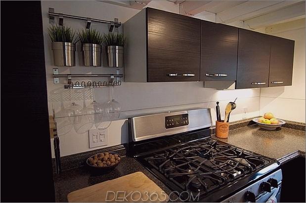 kleine-haus-räder-andrew-gabriella-morrison-5-kitchen-cooker.jpg
