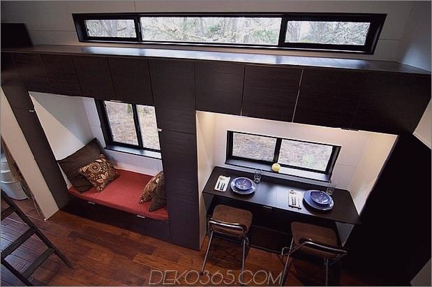 kleine-haus-räder-andrew-gabriella-morrison-7-windowseat.jpg