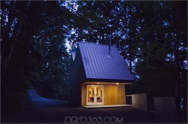kleines Studio für Gäste am Studio für Skulpturen 1% 20NightEntrance2Rev thumb 630xauto 50908 Kleines Studio-Haus-Design mit doppeltem Dach