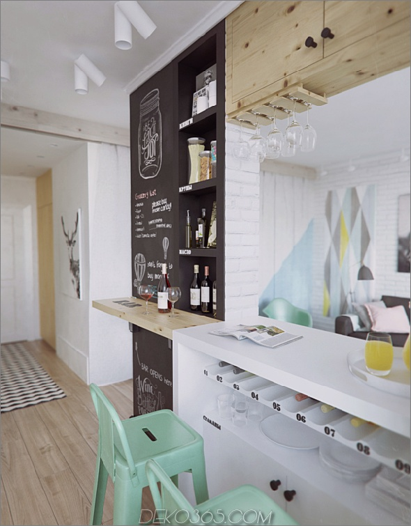 small-home-riesige-Persönlichkeit-gefüllt-kreativ-einzigartige-Ideen-9-foyer.jpg