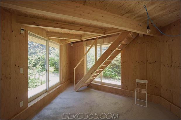 kompaktes diamantförmiges haus-plan-yuji-tanabe-11-treppenzimmer.jpg