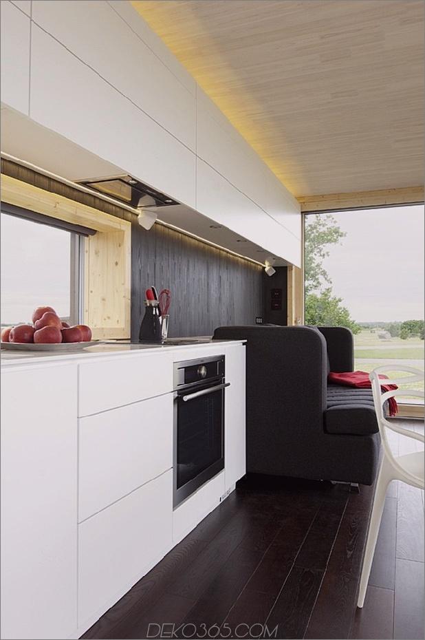 kompakt-addition-transformiert-in-Gästehaus-Schuppenküche-couch.jpg