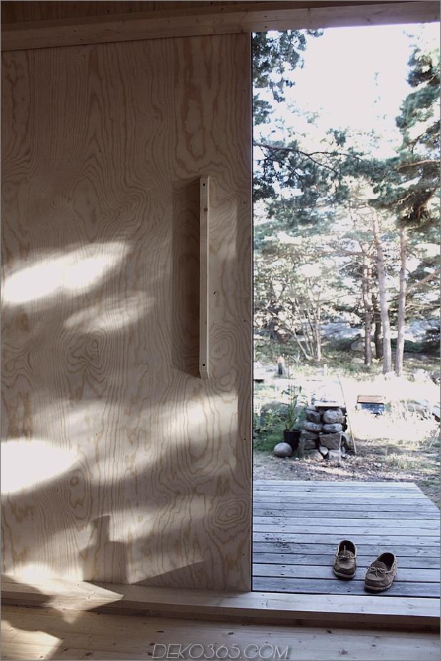 kompakte Sperrholz-Kiefer-Kabine-mit-angebrachte Sauna-14-Tür-Innen.jpg