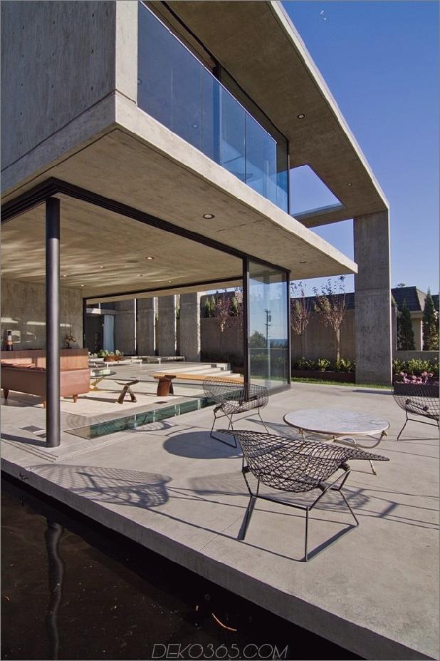 Beton-Wohn-Architektur-entworfen-geräumige-14-Terrasse.jpg