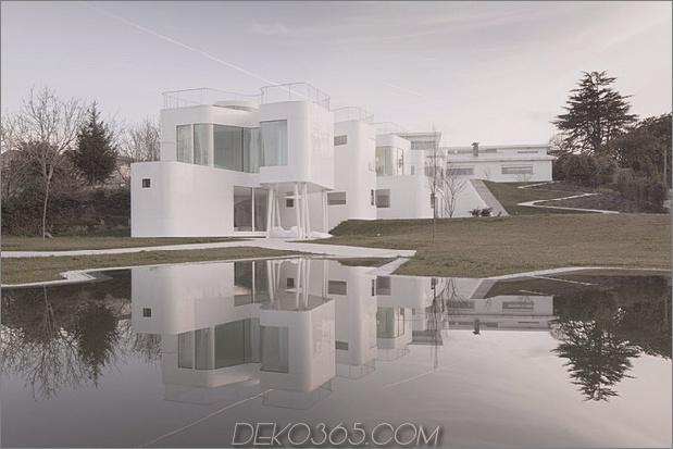kurvenreiche glänzende weiße Hauptaddition in Spanien 2 Daumen 630x420 27840 kurvige glänzende weiße Haupt