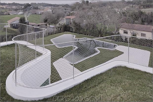 kurvenreich-glänzend-weiß-home-addition-in-spanien-15.jpg