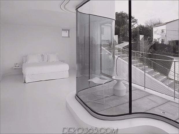 kurvenreich-glänzend-weiß-home-addition-in-spanien-4.jpg