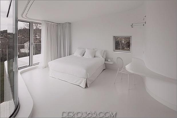 kurvenreich-glänzend-weiß-home-addition-in-spanien-16.jpg