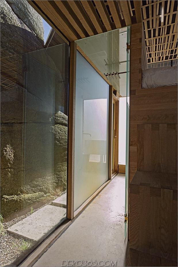norway-house-in-rock-cabin-knapphullet-lund-hagem-8.jpg