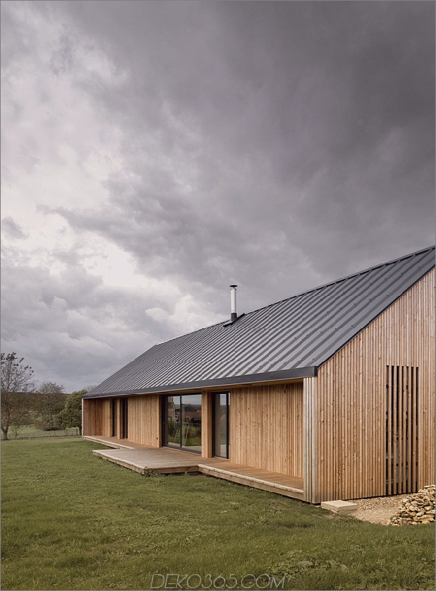Land-Haus-reine-Linien-Eigenschaften-Flur-Bücherregale-6-deck.jpg