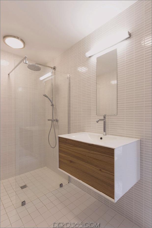 Land-Haus-sauber-Linien-Eigenschaften-Flur-Bücherregale-12-Badezimmer.jpg