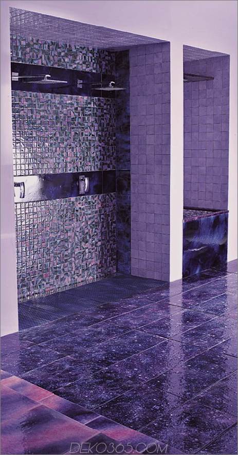 franco-pecchioli-purple-bathroom-ideas-designs-1.jpg
