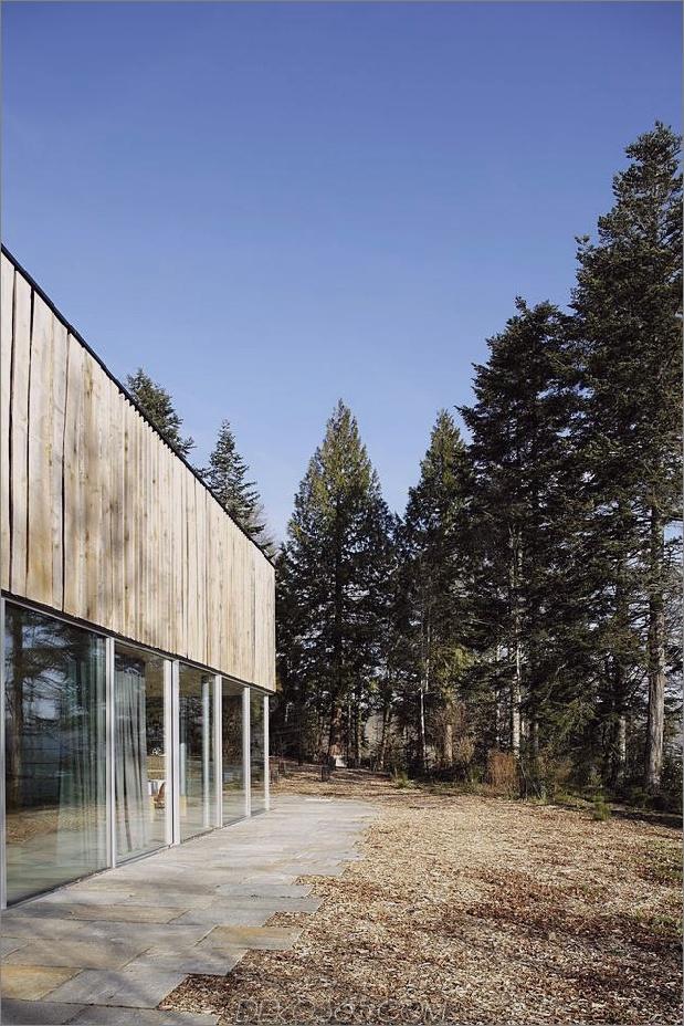 Glas-Living-Edge-Wood-Clads-Haus-Kontraste-6-Exterieur.jpg