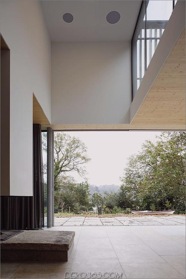 glass-living-edge-wood-clads-house-kontraste-19-living.jpg