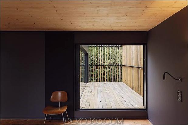 Glas-Living-Edge-Holz-Clads-Haus-Kontraste-27-Bett.jpg