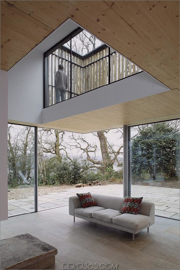 Living Edge Holzverkleidetes Haus überrascht mit Kreativität_5c5991a26e9cc.jpg