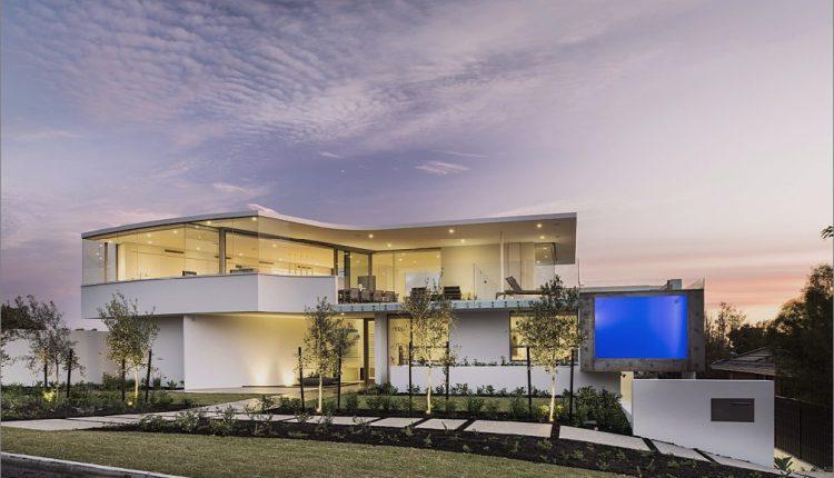 Luxuriöses Strandhaus mit freistehendem Pool_5c5993e1b93cb.jpg