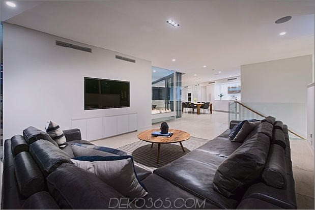 Luxuriöses Strandhaus mit freistehendem Pool_5c5993e958440.jpg