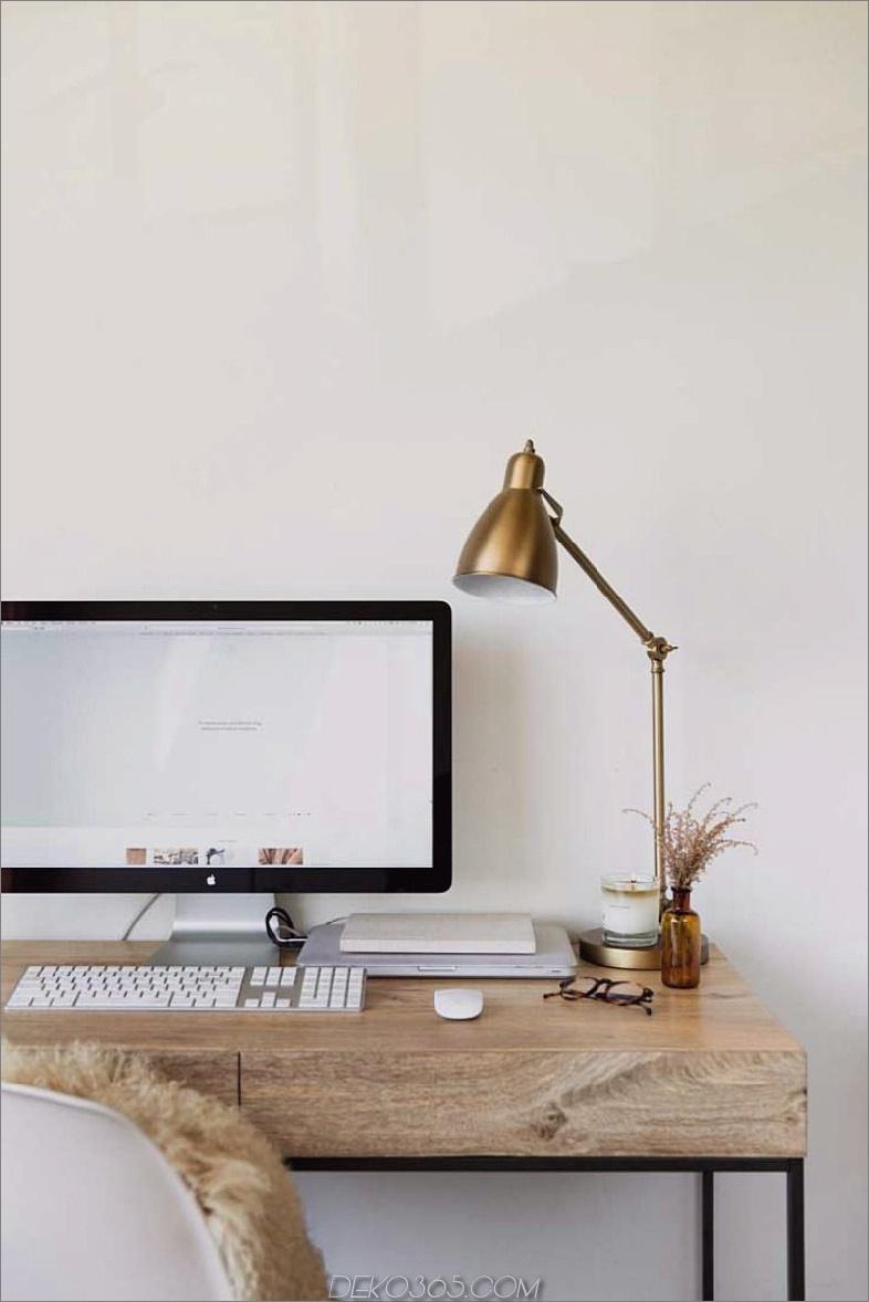 Zurückgeforderter Schreibtisch aus Holz