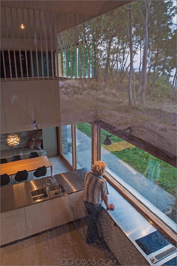 Fjordhaus mit mförmigem Dach und rustikalem 10.jpg