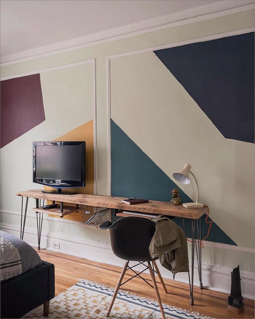 Angepasster, schlanker Schreibtisch mit zurückgefordertem Oberteil und Haarnadelbeinen aus Metall
