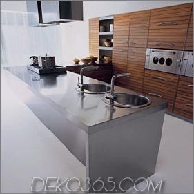 Walnut Kitchen by Schiffini - Moderne Küche von Solaro