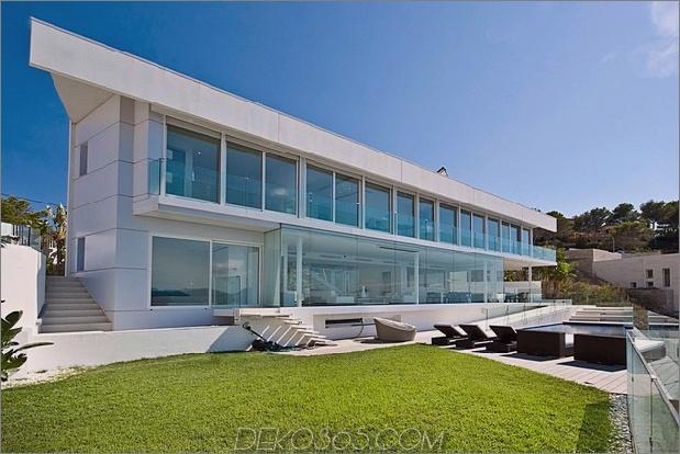 Mallorca-Paradies hinter Glaswänden 1 thumb 630xauto 44567 Mallorca Resort Style Villa ist ein Paradies am Meer