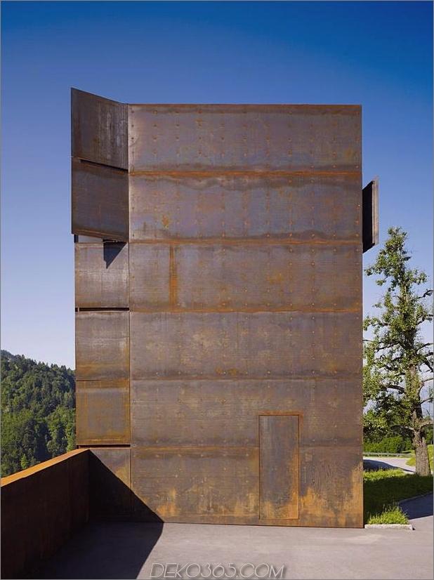 oxidierter-stahl-schlafzimmer-tower-präsidenhaus-pool-11-tower-entry.jpg