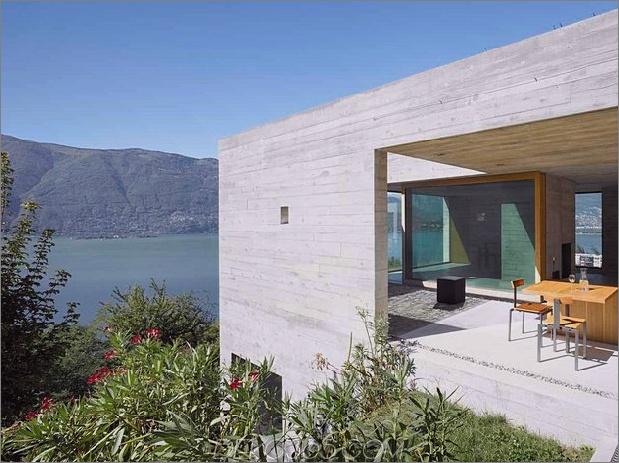 minamalist-concretehome-showcases-atemberaubende aussichten-und-zeitgenössisch-leben-4-patio.jpg