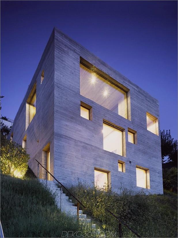 minamalist-concretehome-showcases-atemberaubende aussichten-und-zeitgenössischliving-nightsky.jpg
