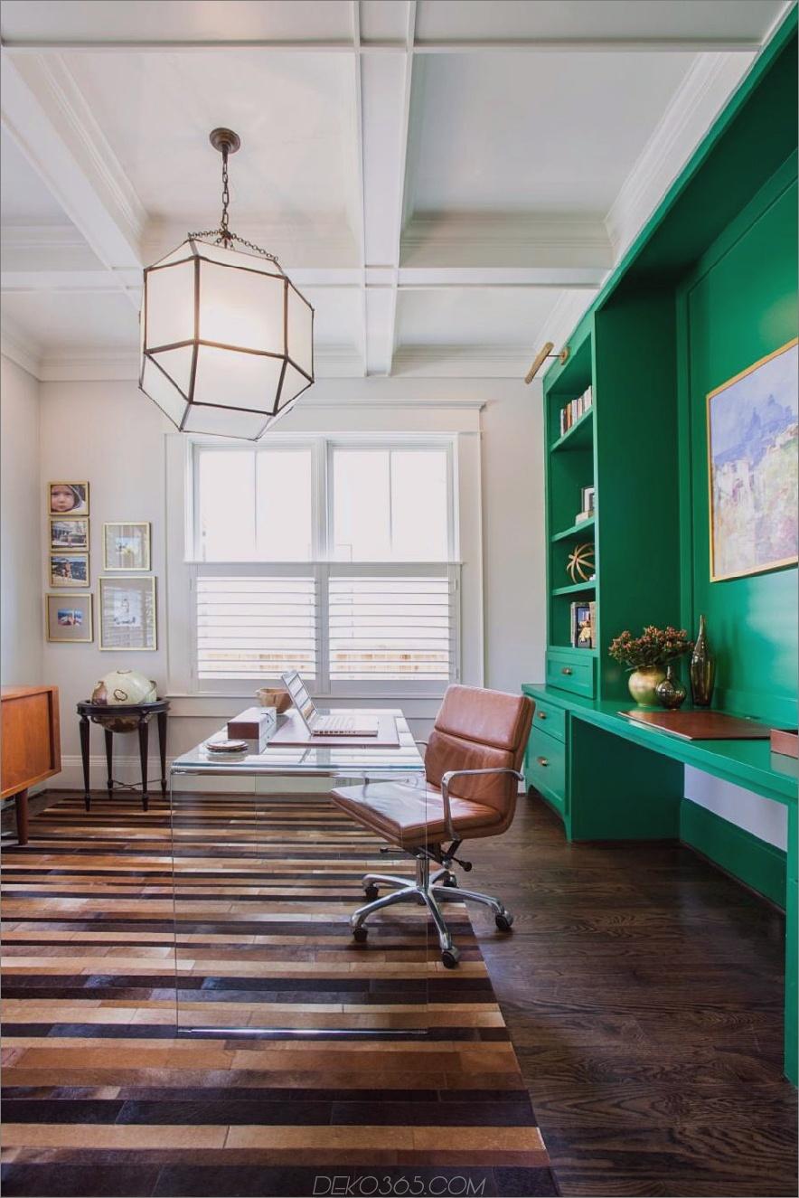 Eingebauter Home Office-Speicher von Marie Flanigan Interiors
