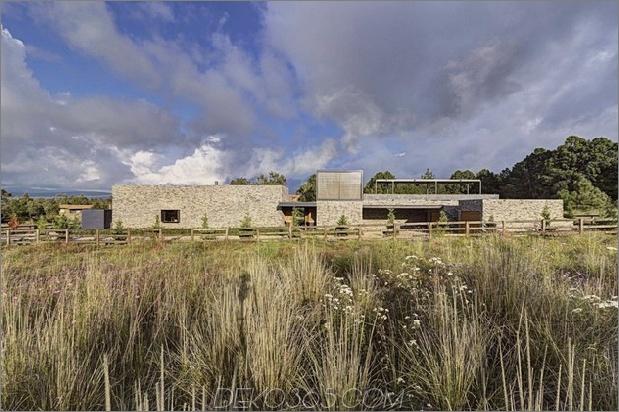 Moderne Hacienda mit Steinmauern 2 thumb 630xauto 39983 Moderne Hacienda mit Steinmauern