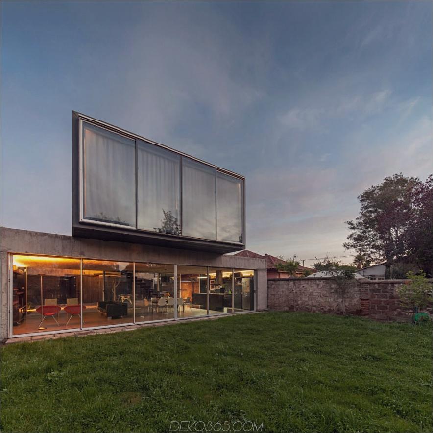 Un Patio House von Polidura + Talhouk Arquitectos