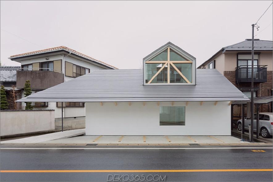Haus mit Dormerfenster von Hiroki Tominaga-Atelier