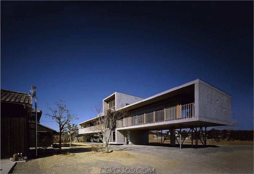 Pilotis House von Furuichi und Mitarbeitern