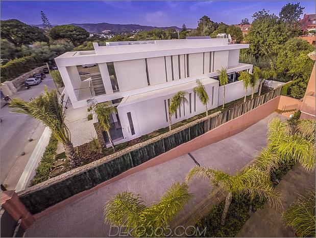 6-modern-mediterran-home.jpg