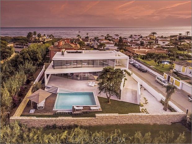 10-modern-mediterran-home.jpg