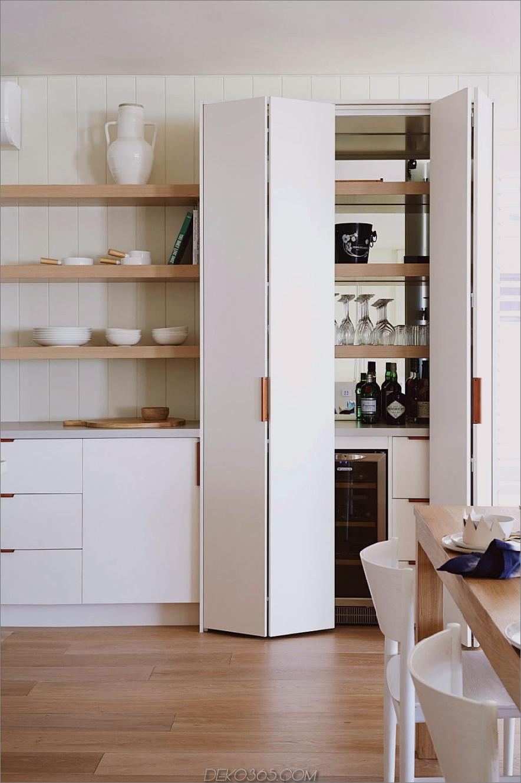 Glatte Küchenvorratskammer