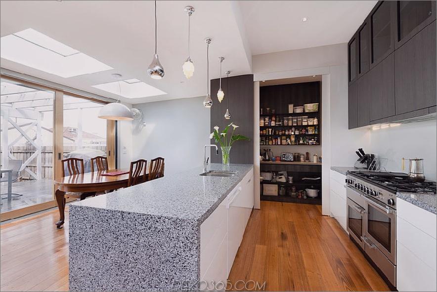 Zeitgenössische Küchenvorratskammer