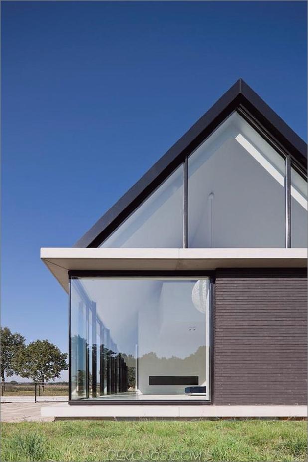Modern-Scheune-Stil-home-Vitrinen-Verglasungen-unter-grade-Rampe-12-exterior.jpg