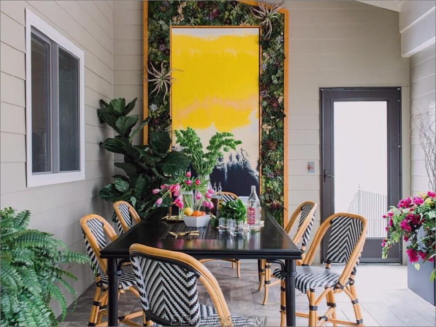 Tiffany Brooks Design mit einer grünen Wandkunst
