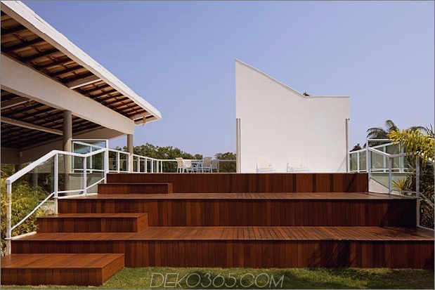 modern-resort-style-home-of-geometrie-und-glas-6.jpg