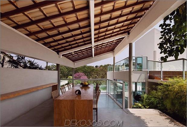 modern-resort-style-home-of-geometrie-und-glas-10.jpg