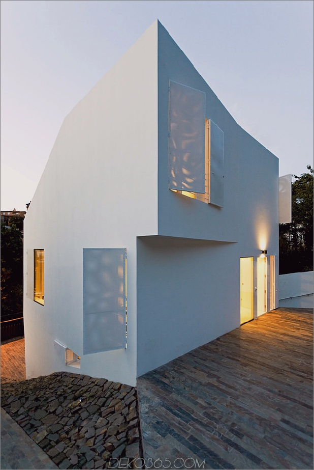 modernes Barcelona-Haus mit vielfältiger Geometrie 2 thumb 630x940 18904 Modernes Barcelona-Haus mit vielfältiger Geometrie