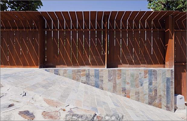 modern-barcelona-house-mit-facettenreicher-geometrie-14.jpg