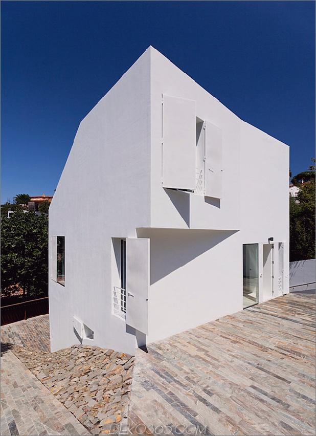 modern-barcelona-house-mit-facettenreicher-geometrie-16.jpg