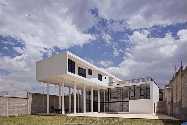 modern-hacienda-with-assymetrical-lines-9.jpg